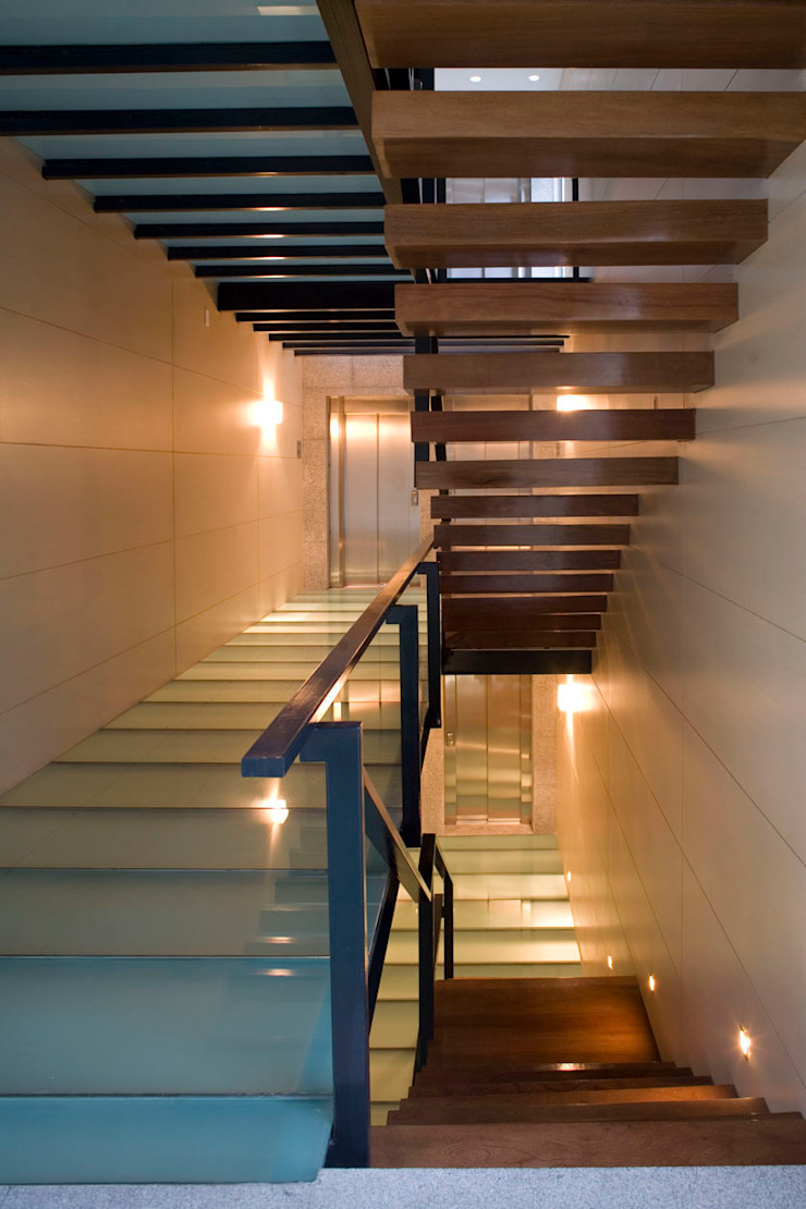 Masaryk 123 Serrano Monjaraz Arquitectos Pasillos, vestíbulos y escaleras modernos