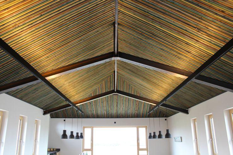 Die Lichtplanung für einen Präsentationsraum im Obergeschoss des Neubaus ausgeführt. Lichtlandschaften Ausgefallene Veranstaltungsorte Holz