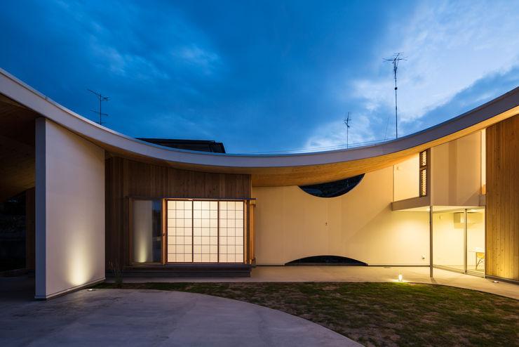 被衣の家 Shawl House y+M design office オリジナルな 家