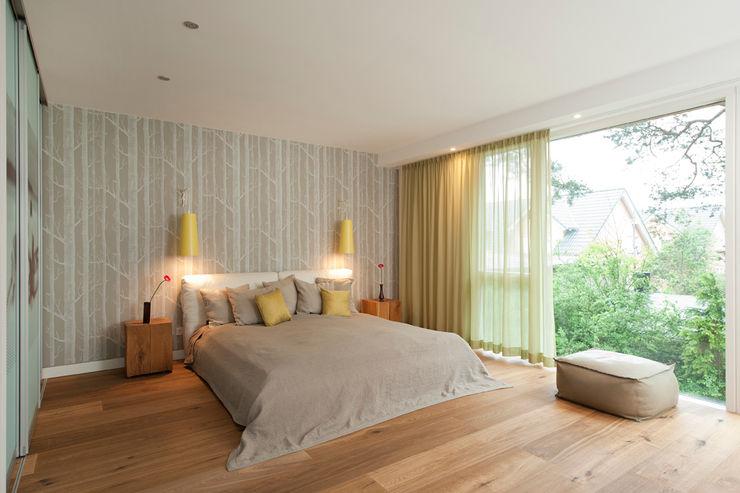 Cubus Projekt GmbH Modern Bedroom