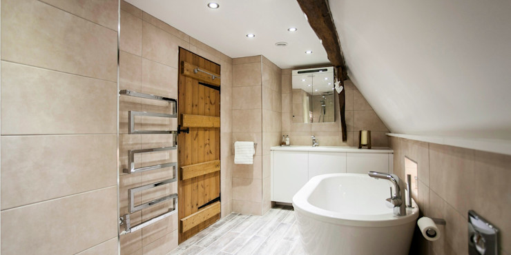 Boutique hotel style modern bathroom with rustic features Burlanes Interiors BathroomBathtubs & showers