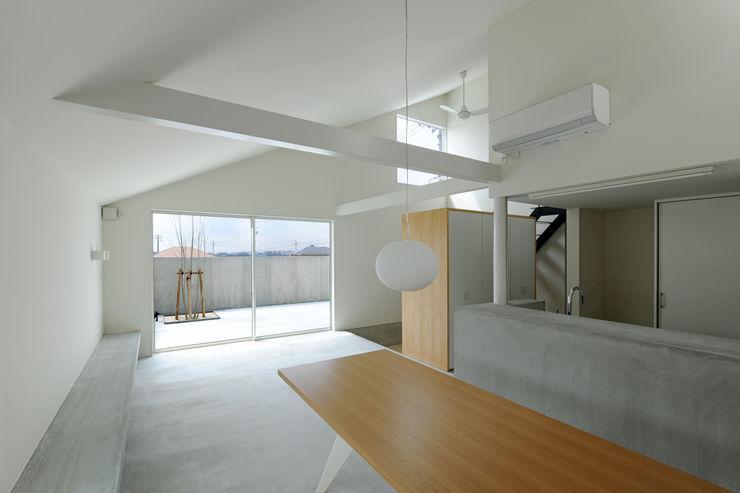 市原忍建築設計事務所 / Shinobu Ichihara Architects Moderne eetkamers