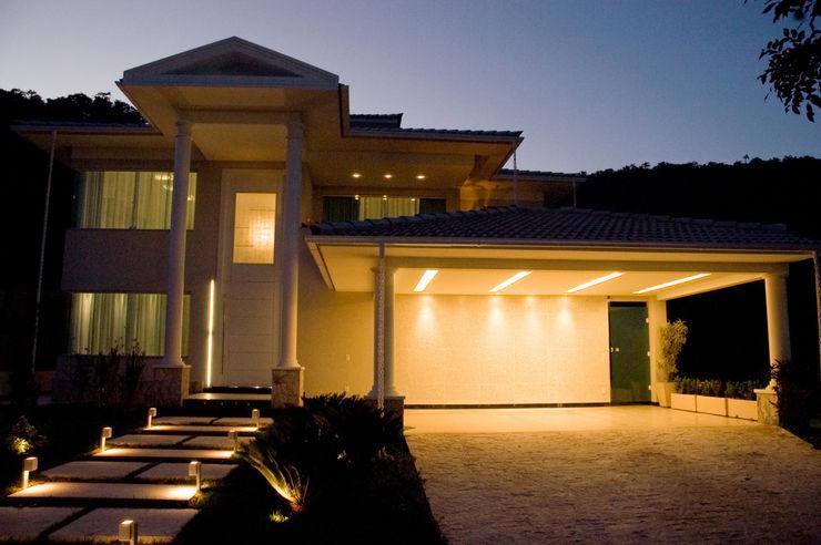 PROJETO LUMINOTÉCNICO Leles Arquitetura e Iluminação Casas