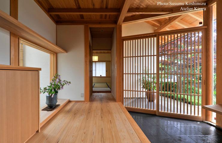 アトリエきらら一級建築士事務所 現代風玄關、走廊與階梯