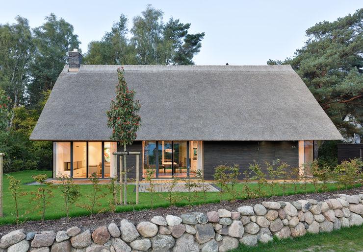 Südfassade beleuchtet Möhring Architekten Moderne Häuser