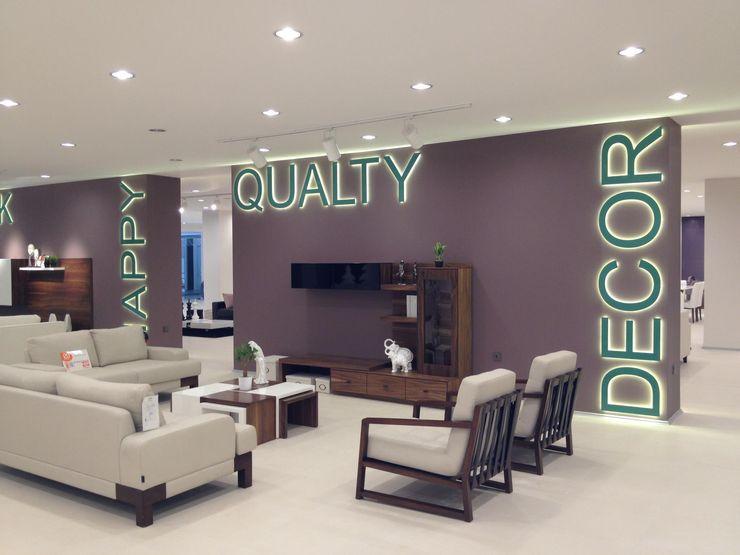 MUNGAN INTERIOR DESIGN Commercial Spaces
