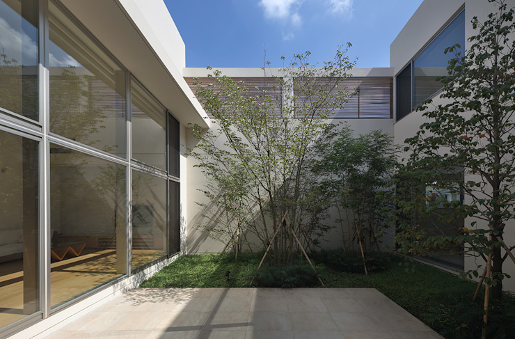 Atelier Square 모던스타일 정원