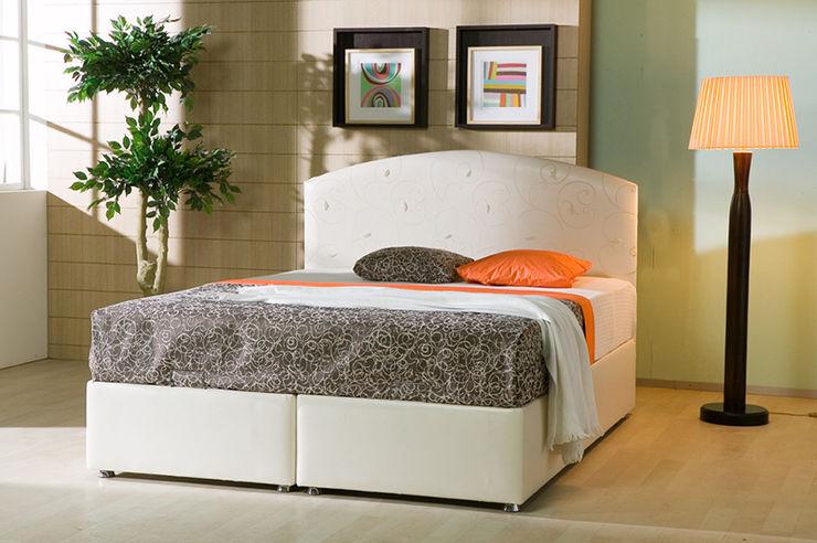 MUNGAN INTERIOR DESIGN BedroomBeds & headboards