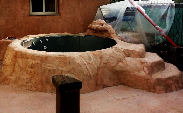 Rivestimento piscina in roccia artificiale Pavimento Moderno Piscine Beige