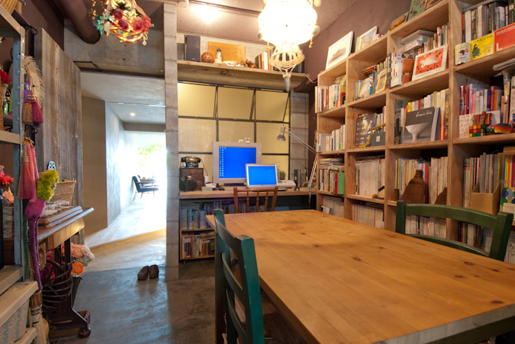 TATO DESIGN:タトデザイン株式会社 Classic style study/office