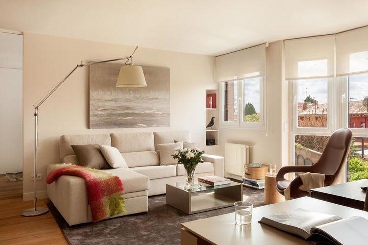 ESTER SANCHEZ LASTRA Modern Living Room