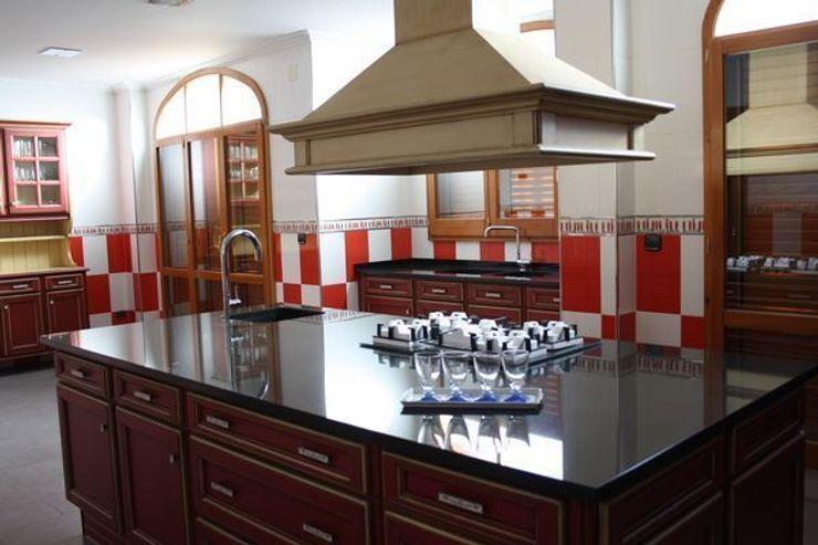 MUDEYBA S.L. KitchenSinks & taps
