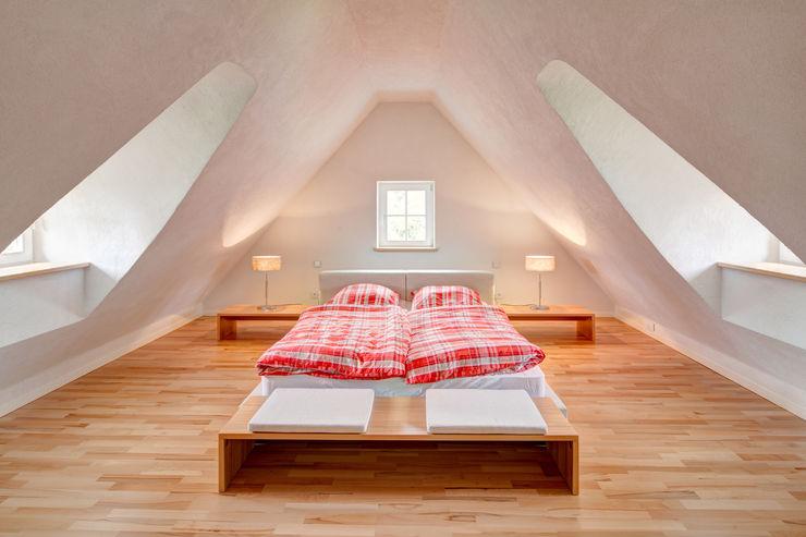Rekonstruktion Kapitänshaus Born/Ostsee Dr. Michael Flagmeyer Architekten Klassische Schlafzimmer