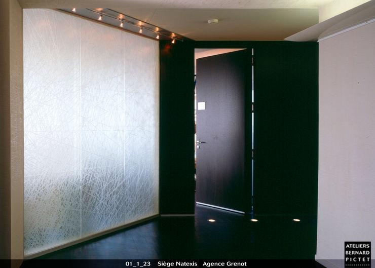 le verre appliqué à la décoration et à l'architecture Tòa nhà văn phòng