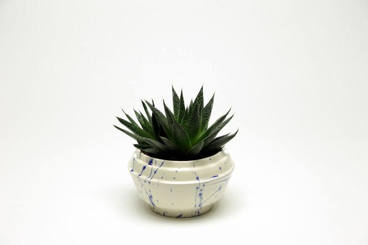Chimney bloempot - nieuw Delftsblauw Ontwerpstudio Inge Simonis Binnenbeplanting