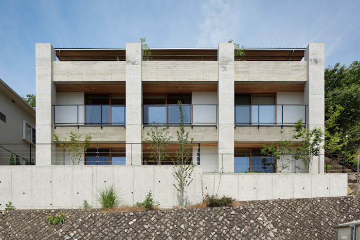 atelier137 ARCHITECTURAL DESIGN OFFICE منازل أسمنت Grey
