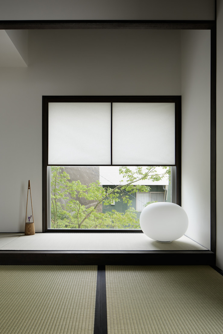 atelier137 ARCHITECTURAL DESIGN OFFICE Media room Wood Black