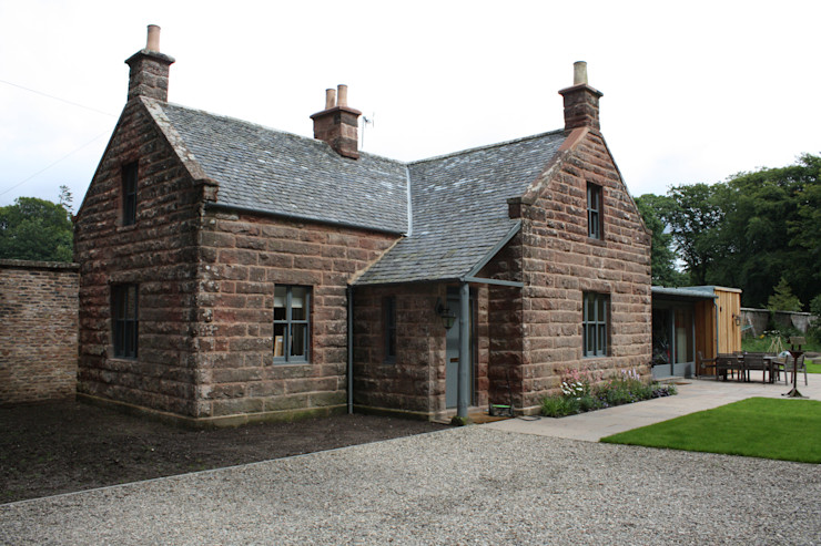 Front Entrance Architects Scotland Ltd Country style houses