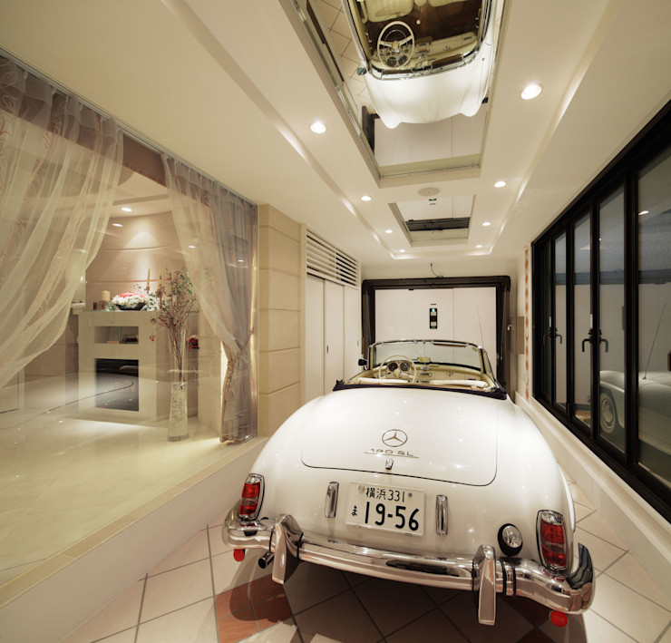 菅原浩太建築設計事務所 Mediterranean style garage/shed