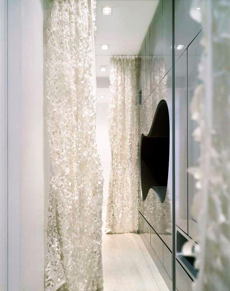 Noho Loft, New York studioMDA Minimalist living room