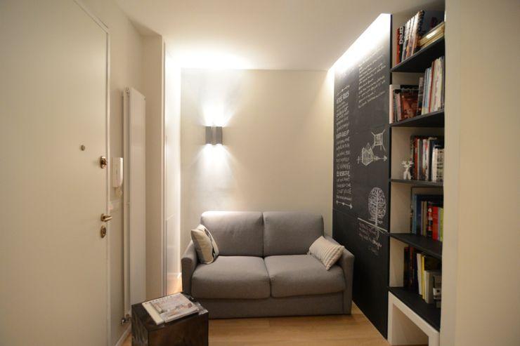 Ispirazione nordica ministudio architetti Soggiorno minimalista