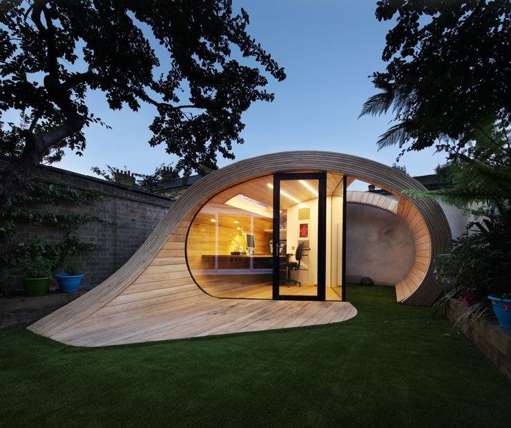 Shoffice Platform 5 Architects LLP Garage/Rimessa in stile moderno