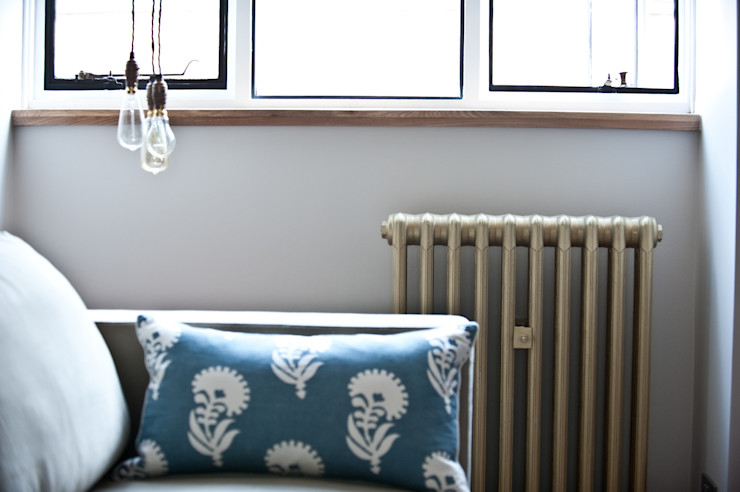 City Pied a Terre Black and Milk | Interior Design | London Вітальня