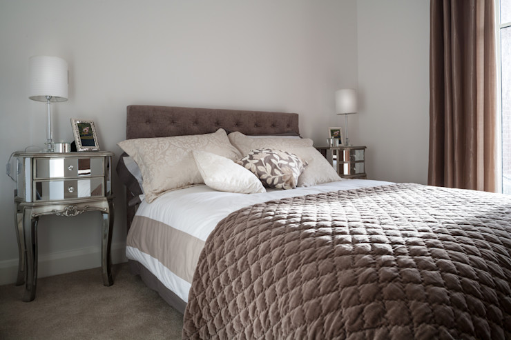 Show Flat in Ascot Lujansphotography Modern style bedroom