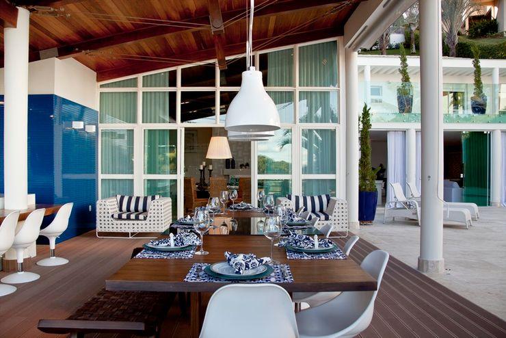Lais Albergaria Designer Associados Mediterranean style balcony, veranda & terrace
