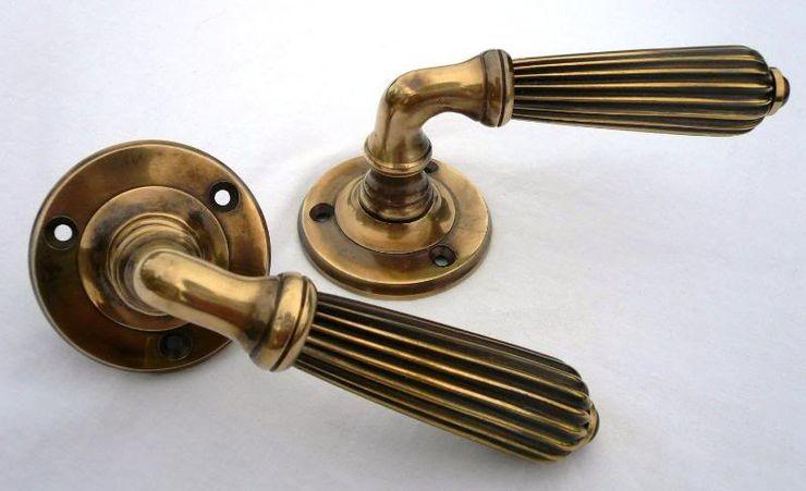 Pair of Lever Door Handles in Antique Brass UKAA | UK Architectural Antiques HouseholdAccessories & decoration
