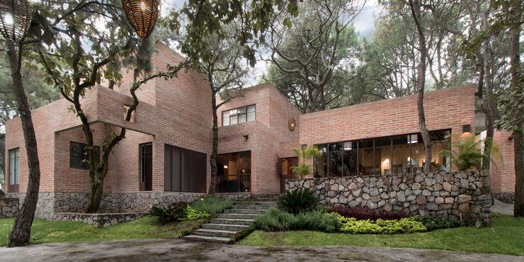 MO+G Taller de Arquitectura Modern home