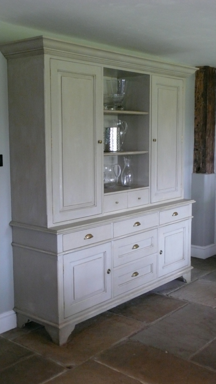 Projects / Kitchens Hartley Quinn WIlson Limited HouseholdStorage