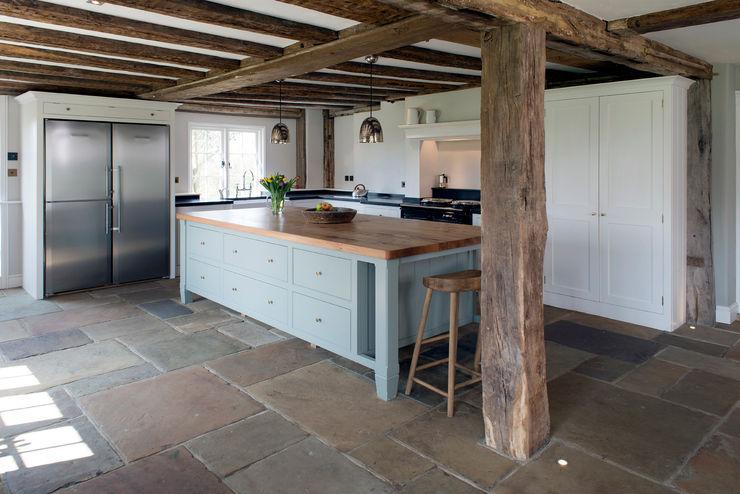 Projects / Kitchens Hartley Quinn WIlson Limited Nhà bếp phong cách thực dân