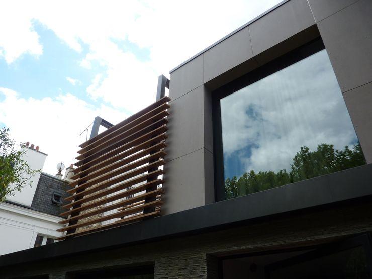 detail habillage de la facade en panneaux fibre ciment ethernit L+R architecture Maisons modernes