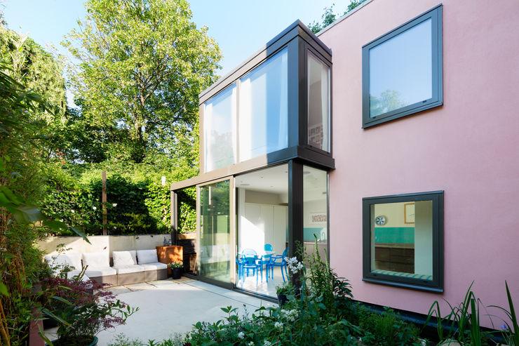 Green Retrofit, Lambourn Road Granit Architects Casas de estilo moderno