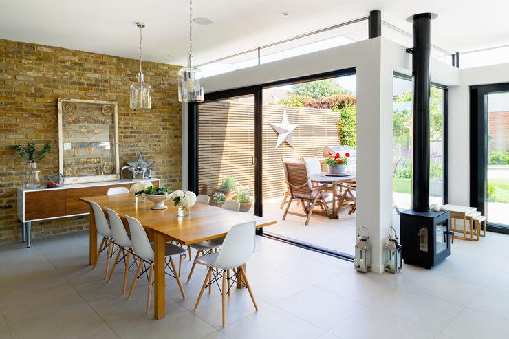 Broadgates Road Granit Architects Modern living room