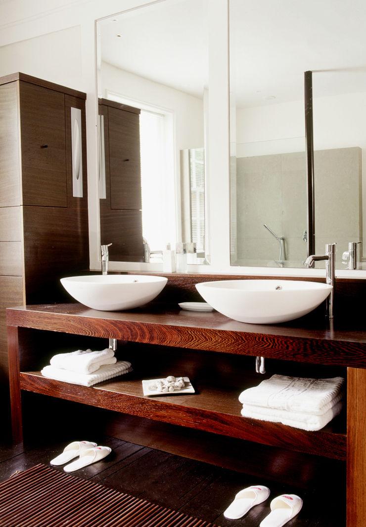 Well Walk KSR Architects Modern Bathroom