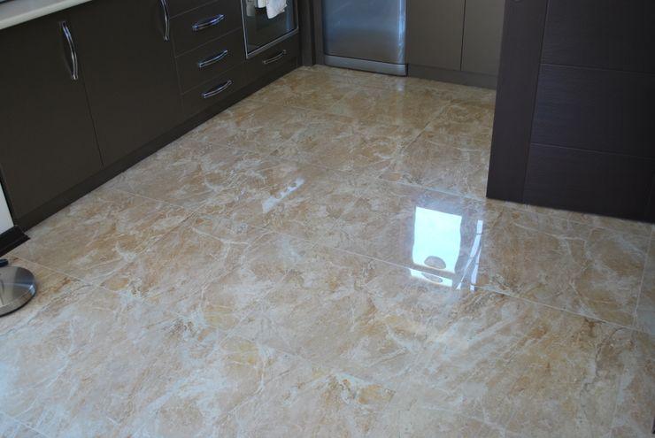 levent tekin iç mimarlık Стіни & ПідлогиНастінні та підлогові покриття