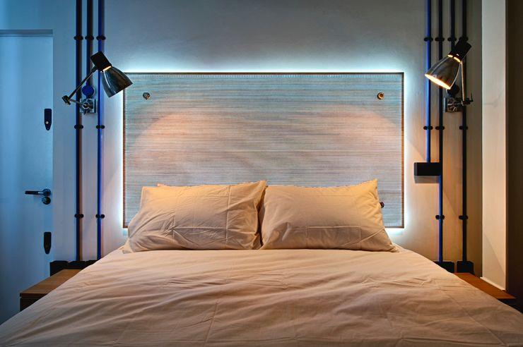 Bespoke Furniture designed by WMOR Adventure In Architecture SchlafzimmerBetten und Kopfteile