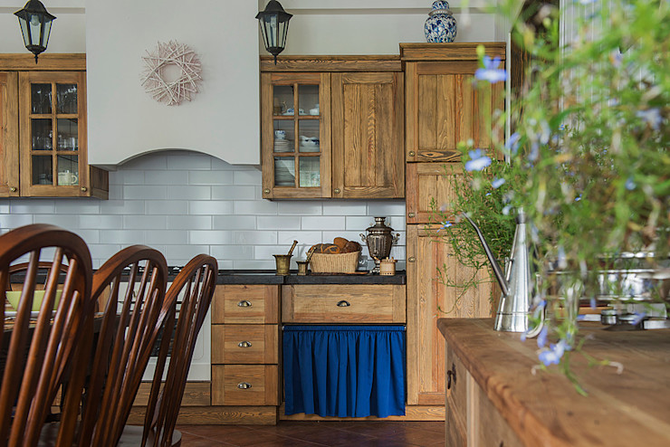 COUTURE INTERIORS Rustic style kitchen