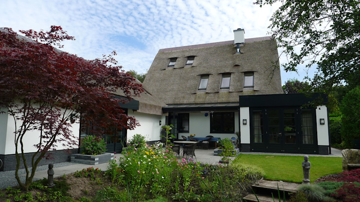 Relatie gebouw-tuin Architectura Koloniale huizen
