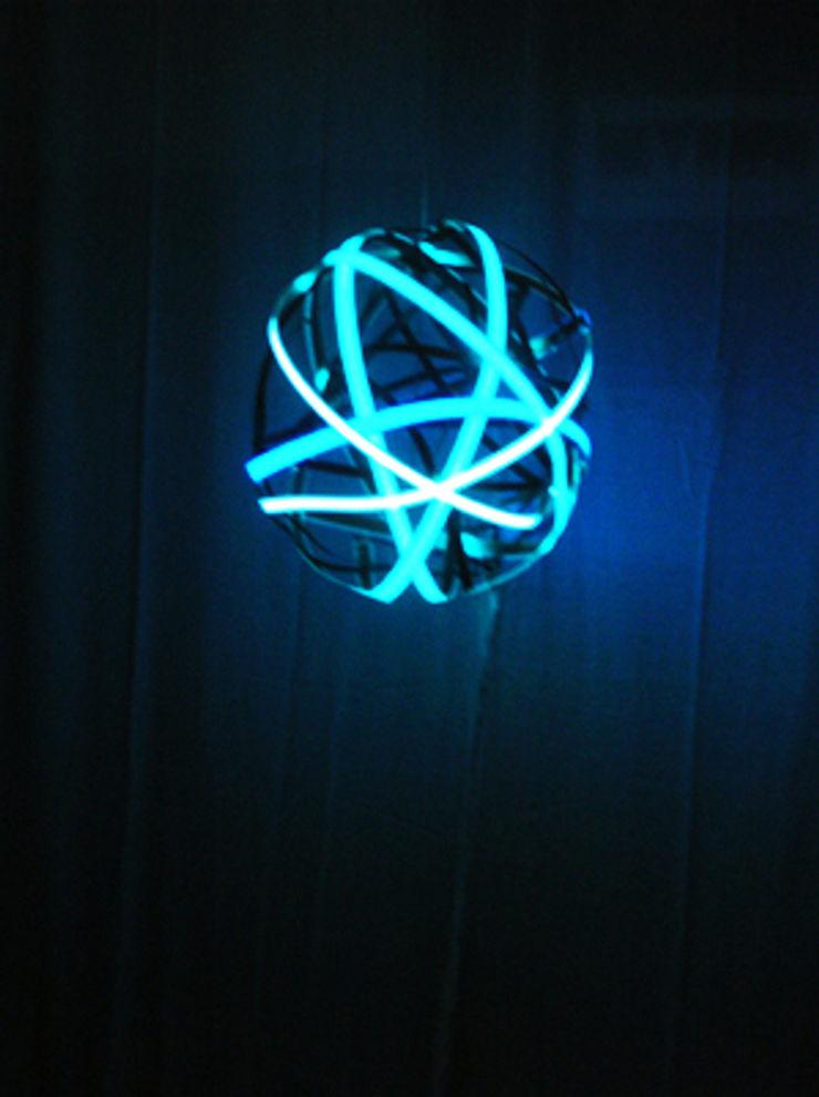 globo luminoso scalaunoauno ArteAltri oggetti d'arte