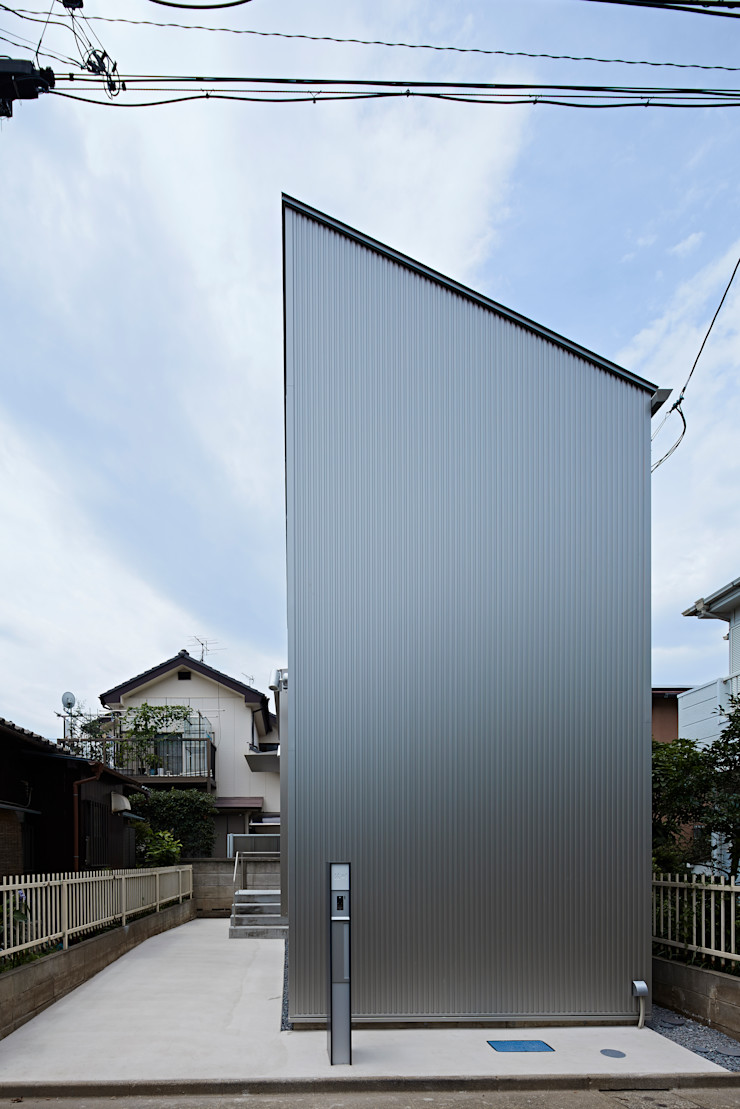 Long Window House another APARTMENT LTD. / アナザーアパートメント Case eclettiche