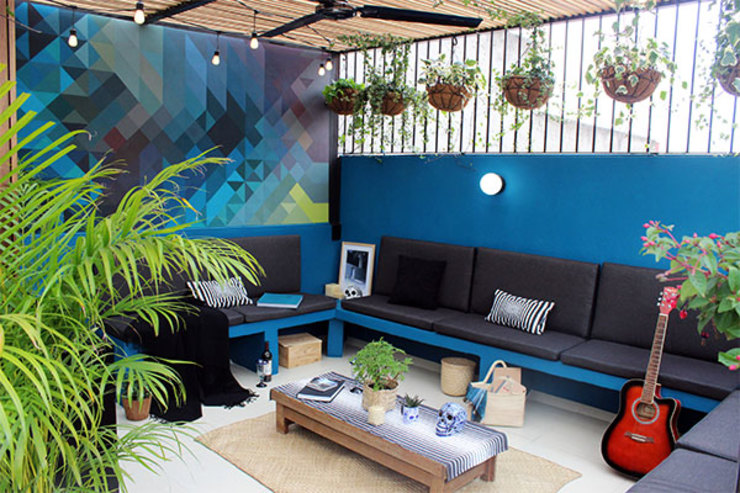 NINA SAND Moderne balkons, veranda's en terrassen
