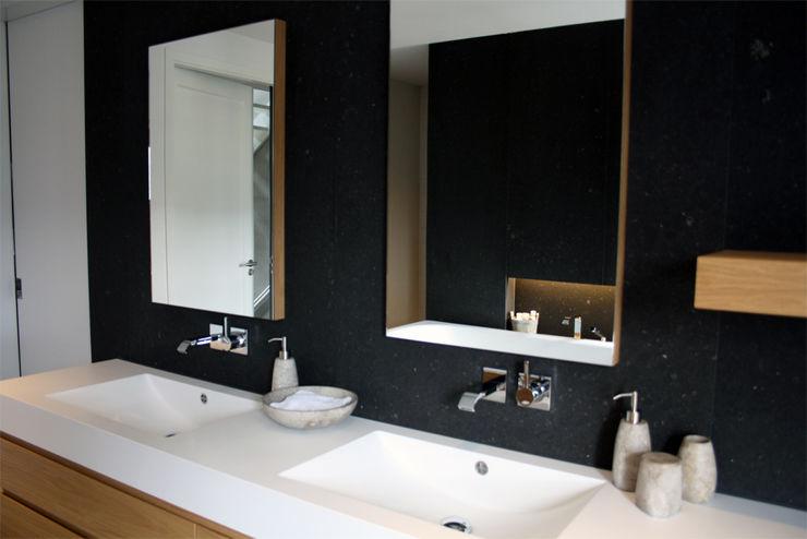 a-LEX Modern Bathroom