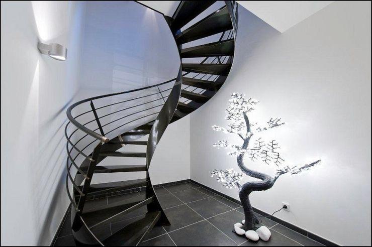 Réalisation contemporaine dans le pays d'Aix ARCHIGRAPH Couloir, entrée, escaliersEscaliers