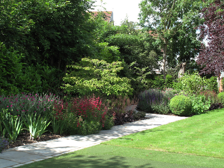 Traditional and Contemporary Mix Cherry Mills Garden Design Сад в стиле кантри