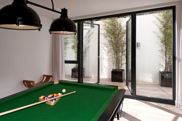 paul seuntjens architectuur en interieur Palestra in stile moderno