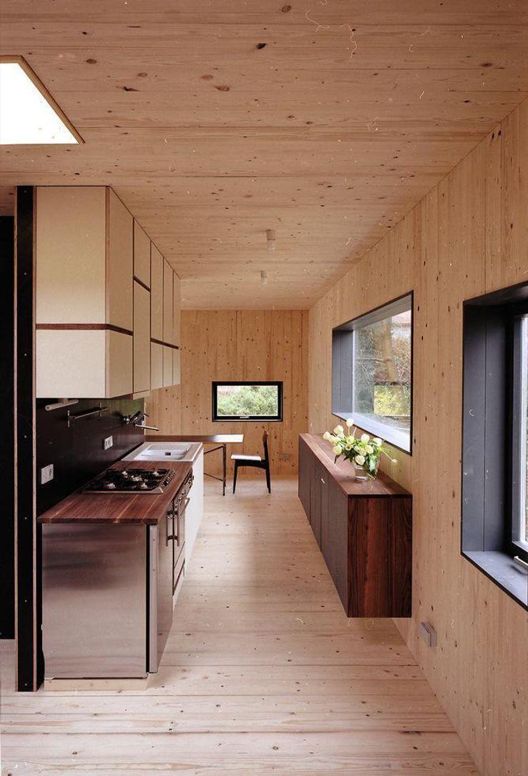 Fürst & Niedermaier, Architekten Modern Kitchen