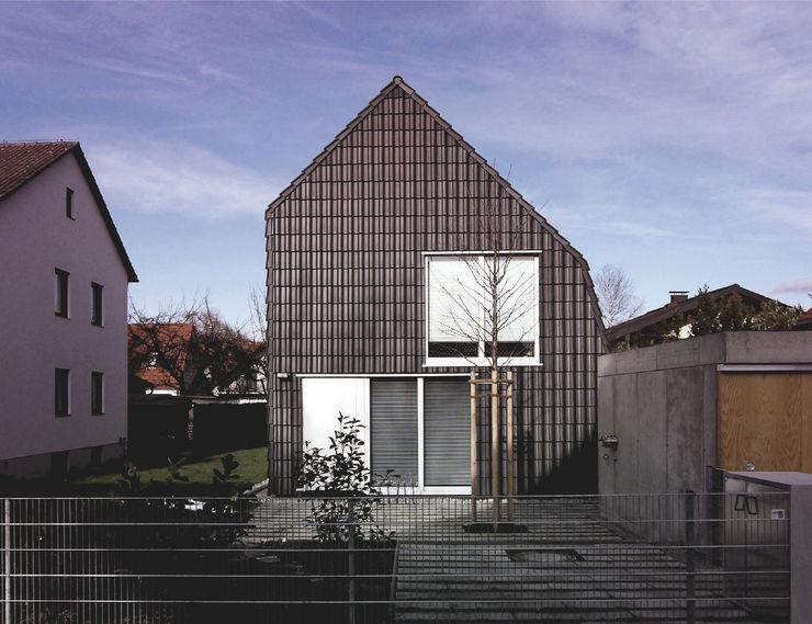 Ansicht von Süden Fürst & Niedermaier, Architekten Ausgefallene Häuser